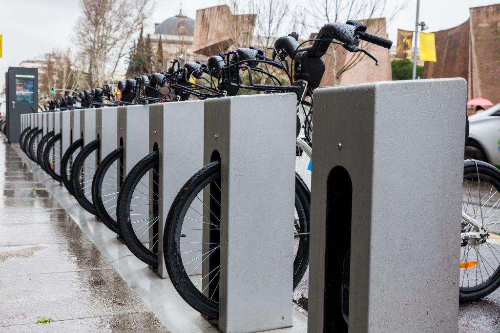 Puesto de biciMAD, bicicletas eléctricas en Madrid